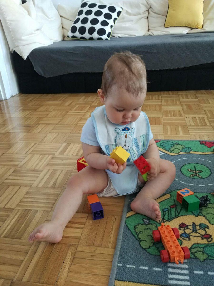 Oskar in lego kocke