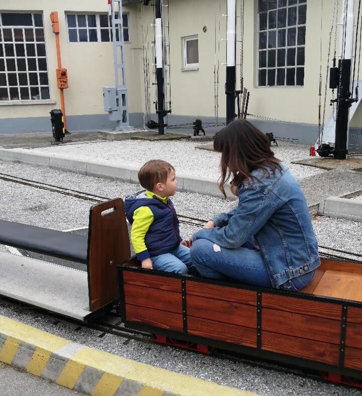 na-mini-vlaku